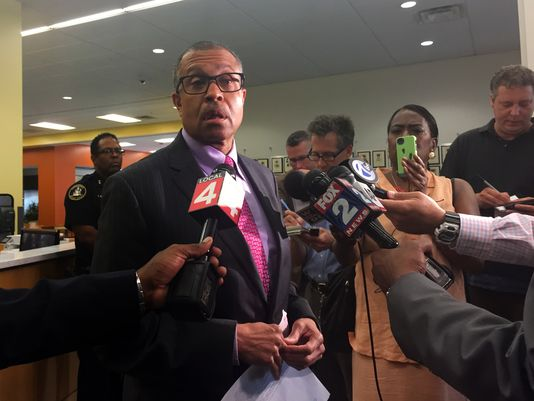detroit police chief james craig1.jpg