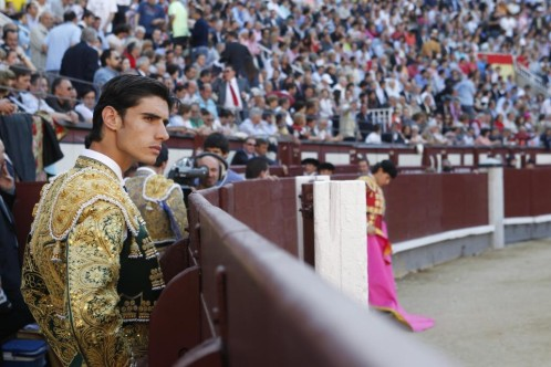 Víctor Barrio killed by bull9