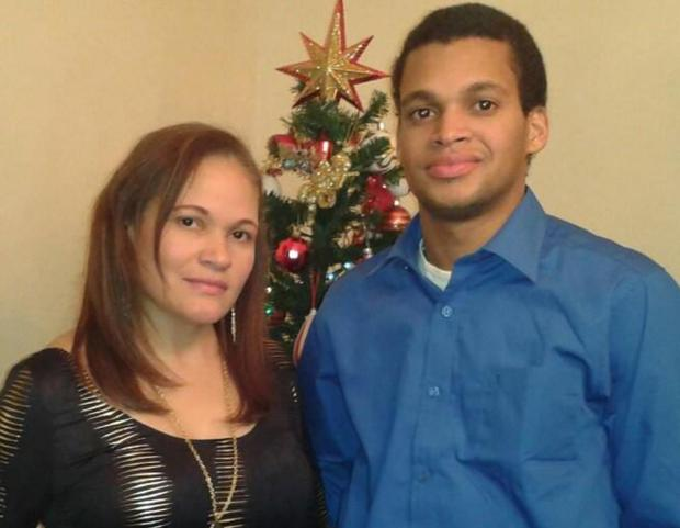 Freddie Rodriguez (r.) and his mother Nicaela Rodriguez1