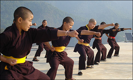 Kung Fu Buddhists nuns7.jpg