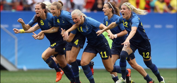 Sweden selebrate their victory1.png