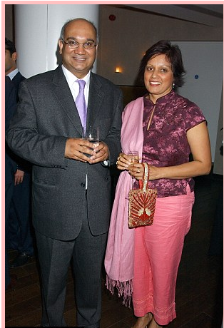 Keith Vaz and Wife Maria.png