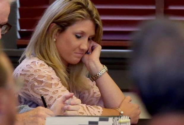Leslie-DeWitt at her sentencing11.jpg