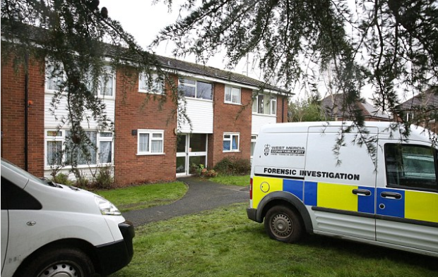 Police activity in Stratford-upon-Avon, around the apt shared by Bethany Hill and Kayleigh Woods1  body was found.png