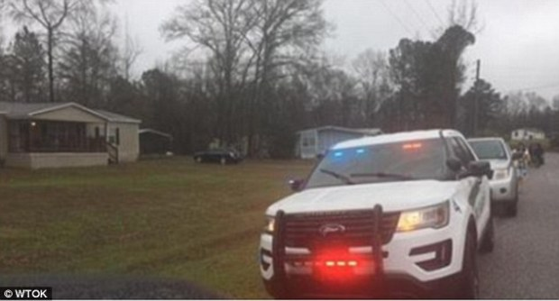 The Mississippi Bureau of Investigation has arrived at the scene of a quadruple homicide in Toomsuba1..jpg