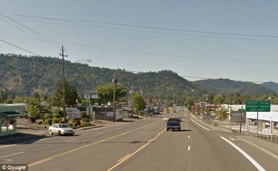 Main street of Winston Ore