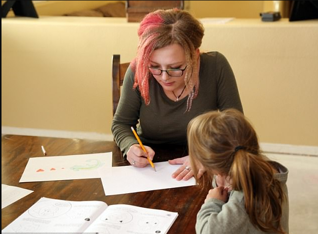 Sierra helps the kids with homework1.png