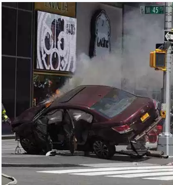Times square crash4