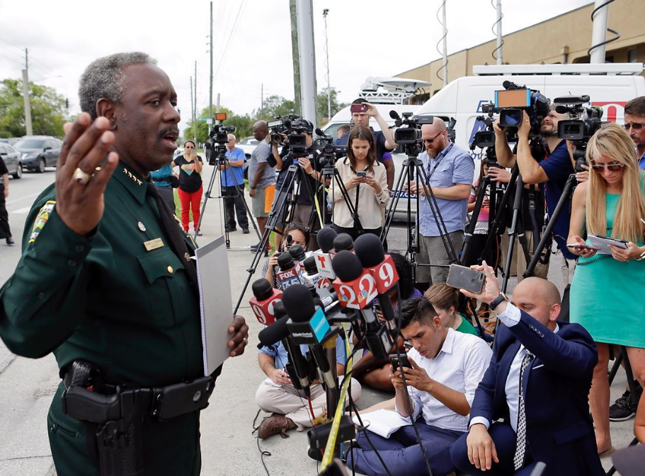 Orange County sheriff Jerry Demings addresses the media on the subject.png