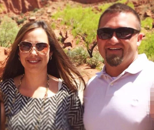 Kristy Manzanares with her husband Ken 4.png