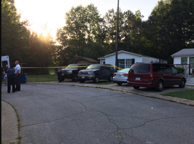 Police activity at Atlanta family homicide investigation4.png