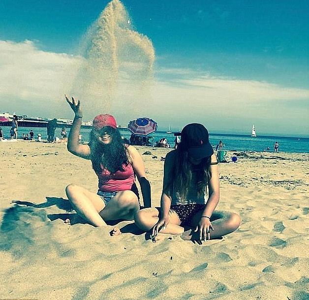 Jacqueline Sanchez and girlfriend Manuela Seja.png